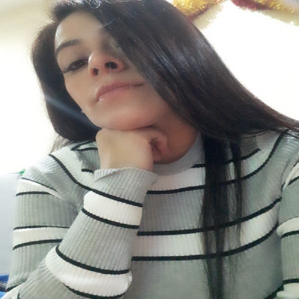 Chica peruana mil oficios