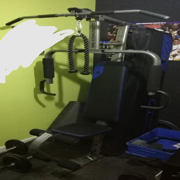 Maquinas de gym y material de pesas