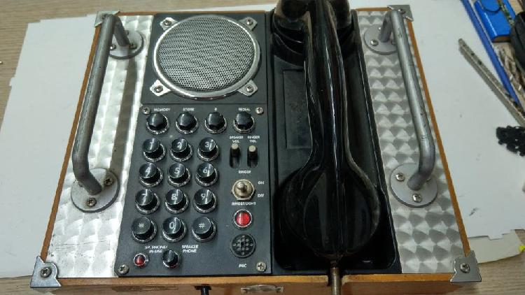 Teléfono vintage original antiguo