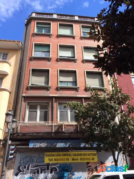 Se vende edificio emblemático en el centro de ponferrada
