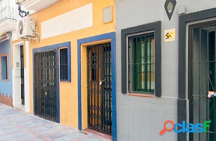 Oportunidad bancaria. local comercial en fuengirola
