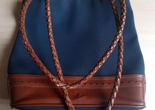 Bolso de tela azul marino y polipiel