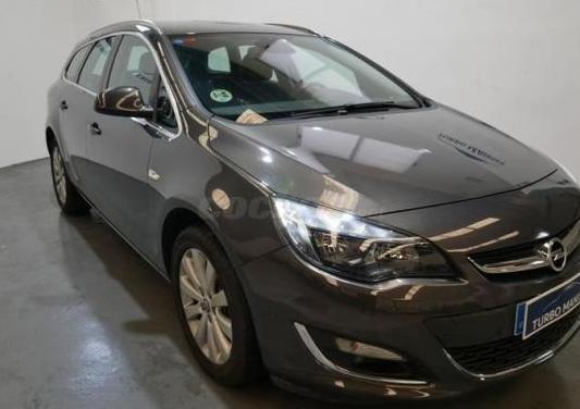 Opel astra 2.0 cdti 165 cv excellence auto st 5p.
