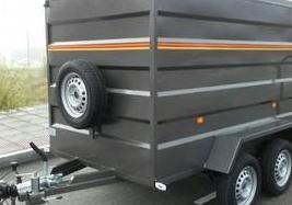 Remolque doble eje 750 kg cerrado