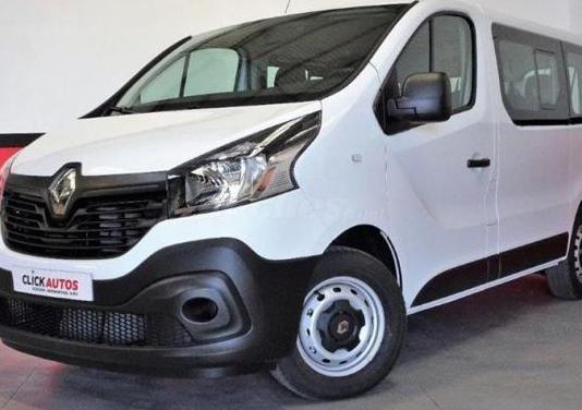 Renault trafic combi 9 energy dci 92 kw 125 cv tt