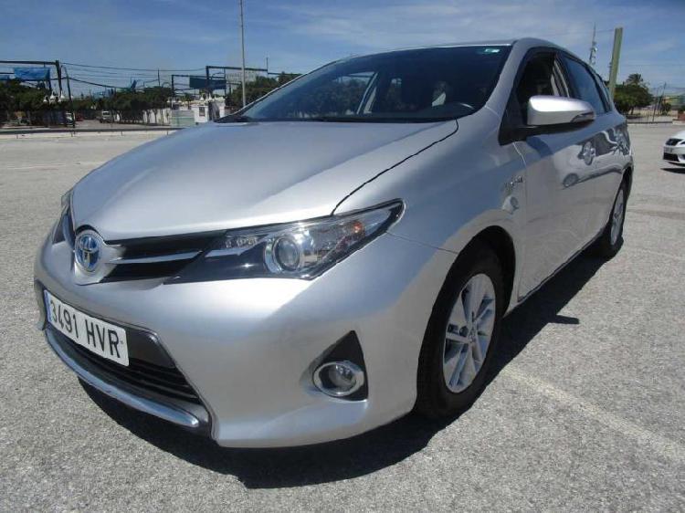 Toyota Auris 2014 136cv