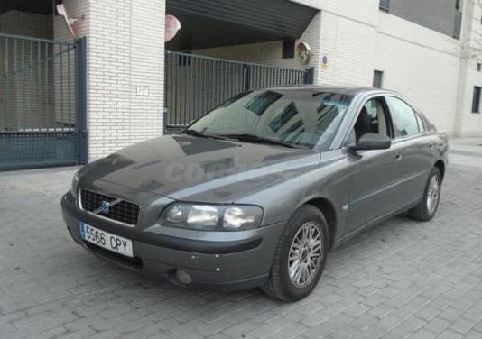 Volvo s60 2.4 170 4p.