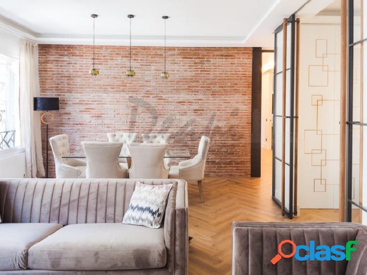 Deapi vende singular vivienda de lujo en zona de almagro