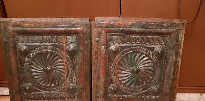 Antiguas puertas como las fotos,posiblemente indias