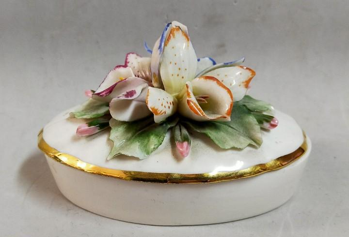 Caja de porcelana italiana capodimonte, made in italy