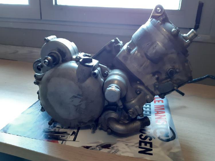Motor ktm 200