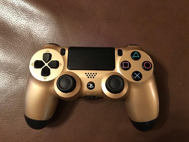 Mando PS4 Gold edition