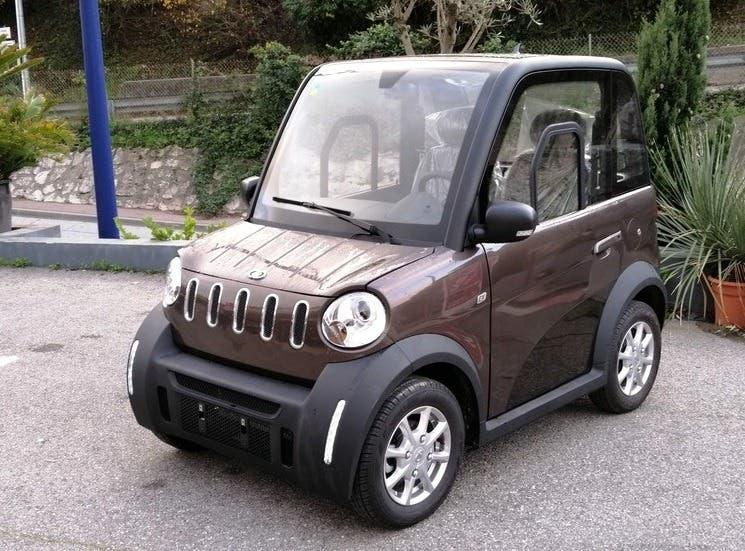 Micro coche eléctrico