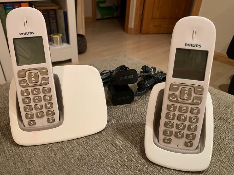 Teléfonos duo philips blancos
