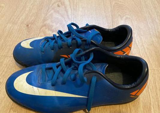 Botas de fútbol nike mercurial talla 36.5