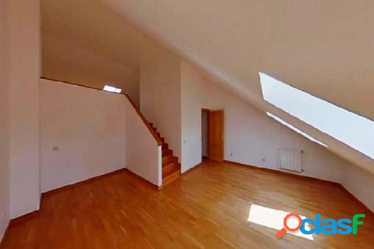 Oportunidad bancaria - espacioso chalet en valdemoro, 4 dormitorios, 3 baños, garaje y trastero.