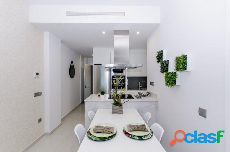 Nuevo apartamento de 2 dormitorios en centro de torrevieja-playa del cura.