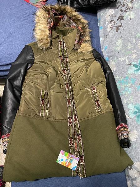 Abrigo chaquetón desigual nuevo largo 3/4 talla 44