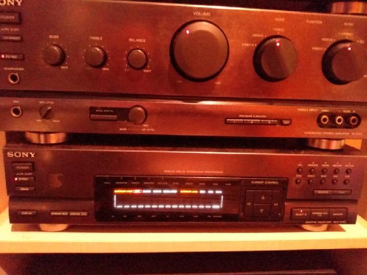 Amplificador y ecualizador Sony vintage