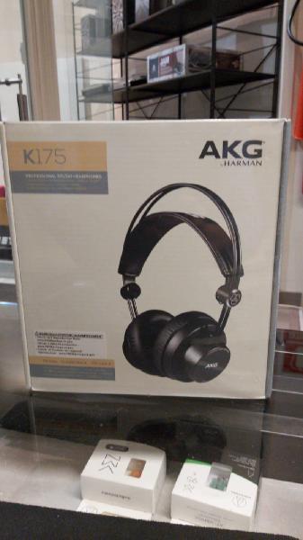 Auriculares de estudio akg k-175