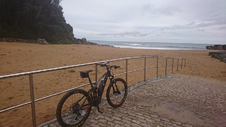 Bicicleta mountain bike eléctrica megamo ayron 20