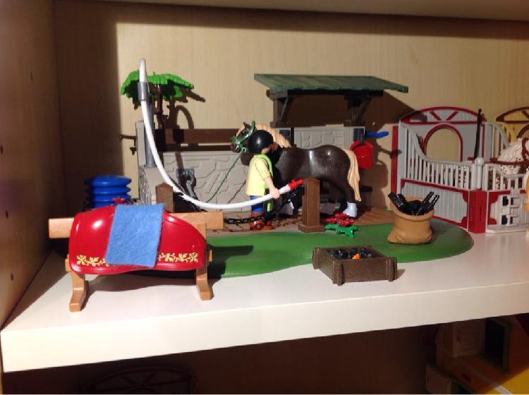 Ducha de caballos playmobil