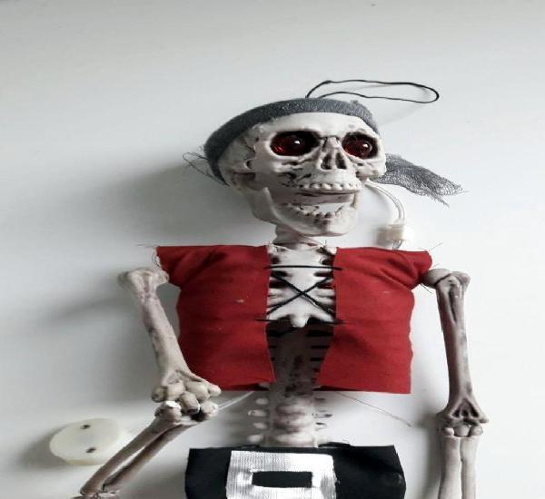 Esqueleto halloween con luz en los ojos *leer descripción*
