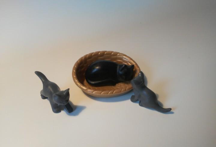 Familia de gatos y cesta Animales de Playmobil