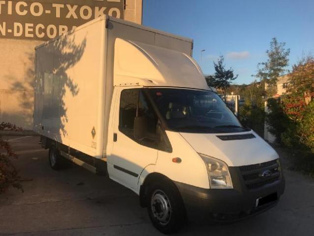 Ford transit camion chasis cabina 131 cv '08