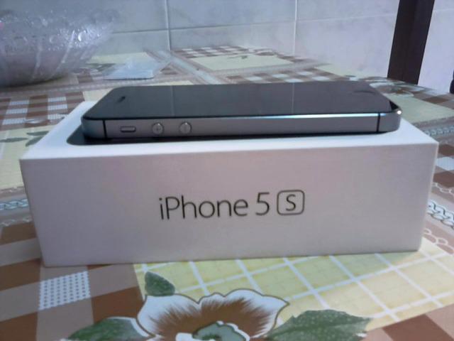 Iphone 5s 16gb libre gris espacial