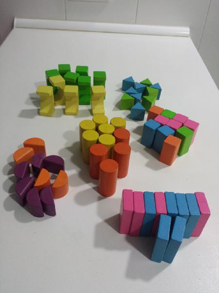 Juego construccion 60 piezas madera educativo