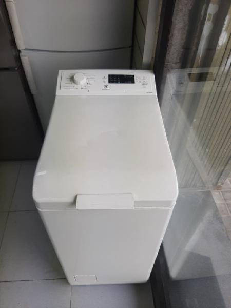 Lavadora Carga superior 6kg+garantía