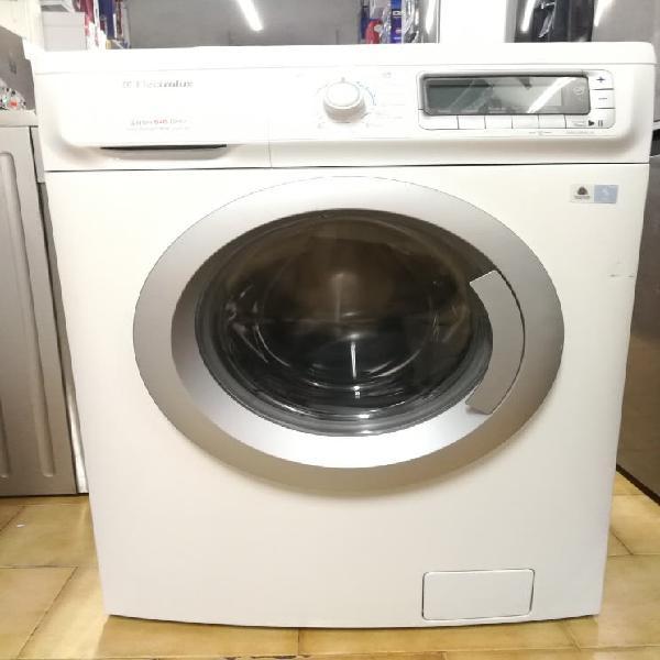 Lavadora secadora seminueva