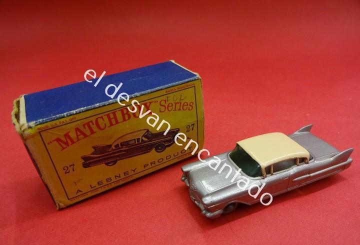 Matchbox. cadillac sedan. en caja original falta una tapa