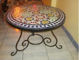 Mesa de mosaico y arte andalus