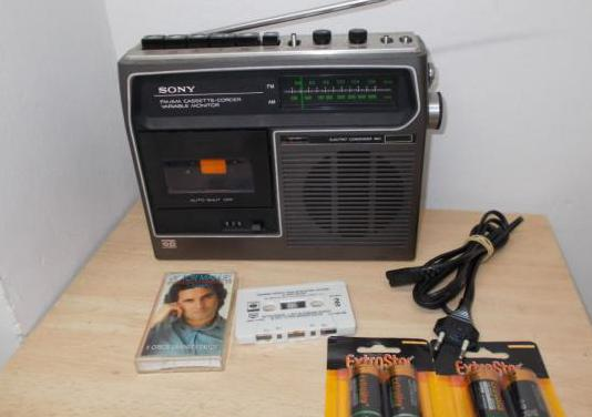 Radio cassette sony vintage año 1975