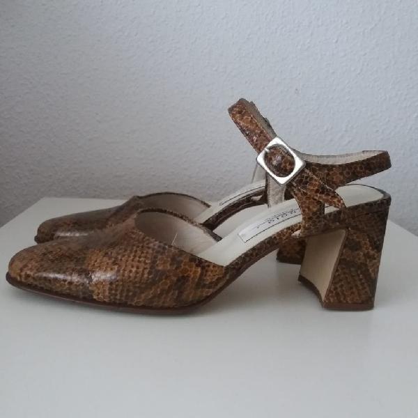 Zapatos tacón cuadrado piel