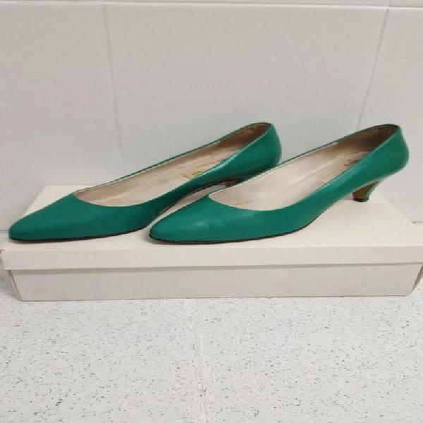 Zapatos verdes tacón bajo - talla 36