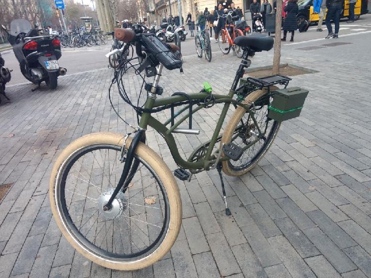Bicicleta eléctrica (única, funciona sin pedaleo)