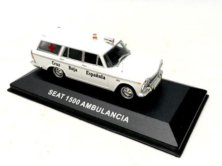 Coche metal seat 1500 ambulancia cruz roja