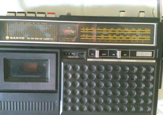 Radio cassette sanyo