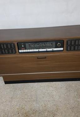 Radio - tocadiscos grundig