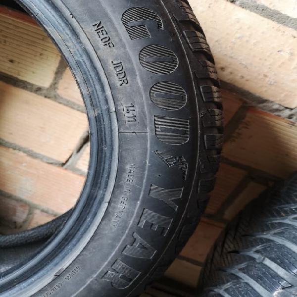 4 neumáticos goodyear ultragrip 8