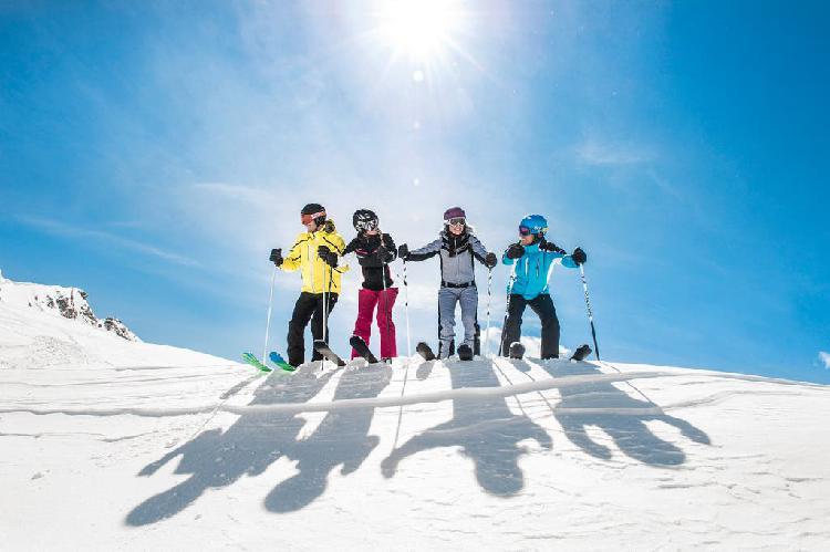 Esquiar 2020- piso-baqueira, lleida
