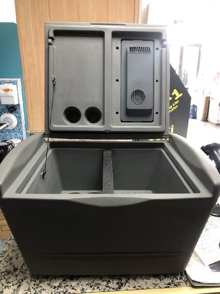Nevera portátil para su vehículo de 32 litros