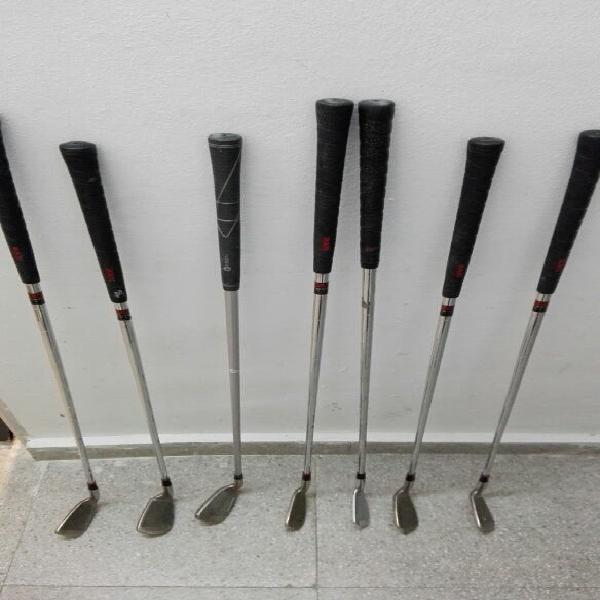 Palos golf. 5€ cada uno