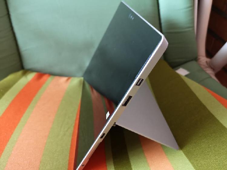 Surface 3 + teclado bluetooth + microsd 64gb