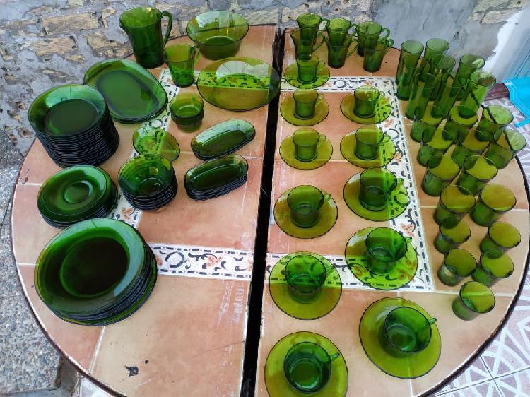 Vajilla duralex verde