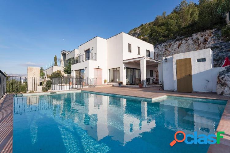 Moderna villa en venta en Pedreguer con vistas al mar - GV5012B 1