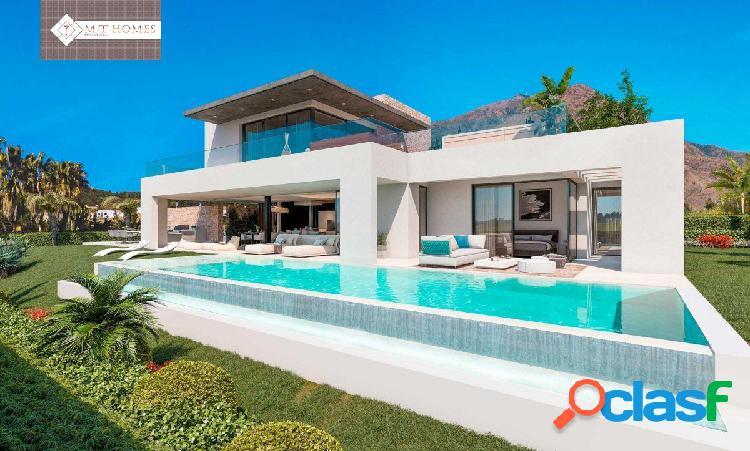 Fabulosas villas de lujo con vistas panorámicas al mar, al campo de golf y a la montaña
